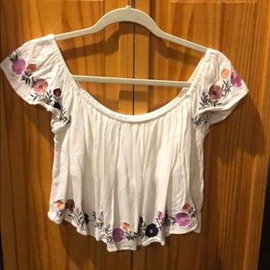 🌸 F21 Crop Top Blouse